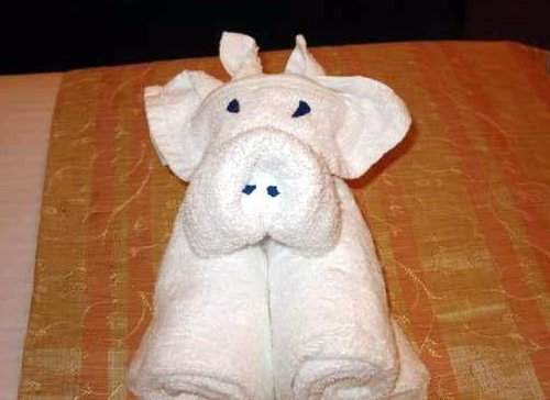 Towel Origami folded pig