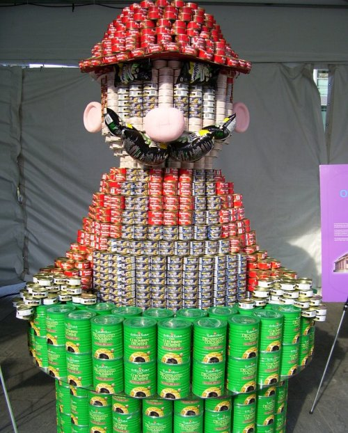 Mario Made from Cans